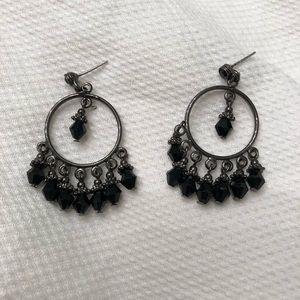 Jewelry - Dangling earrings- black
